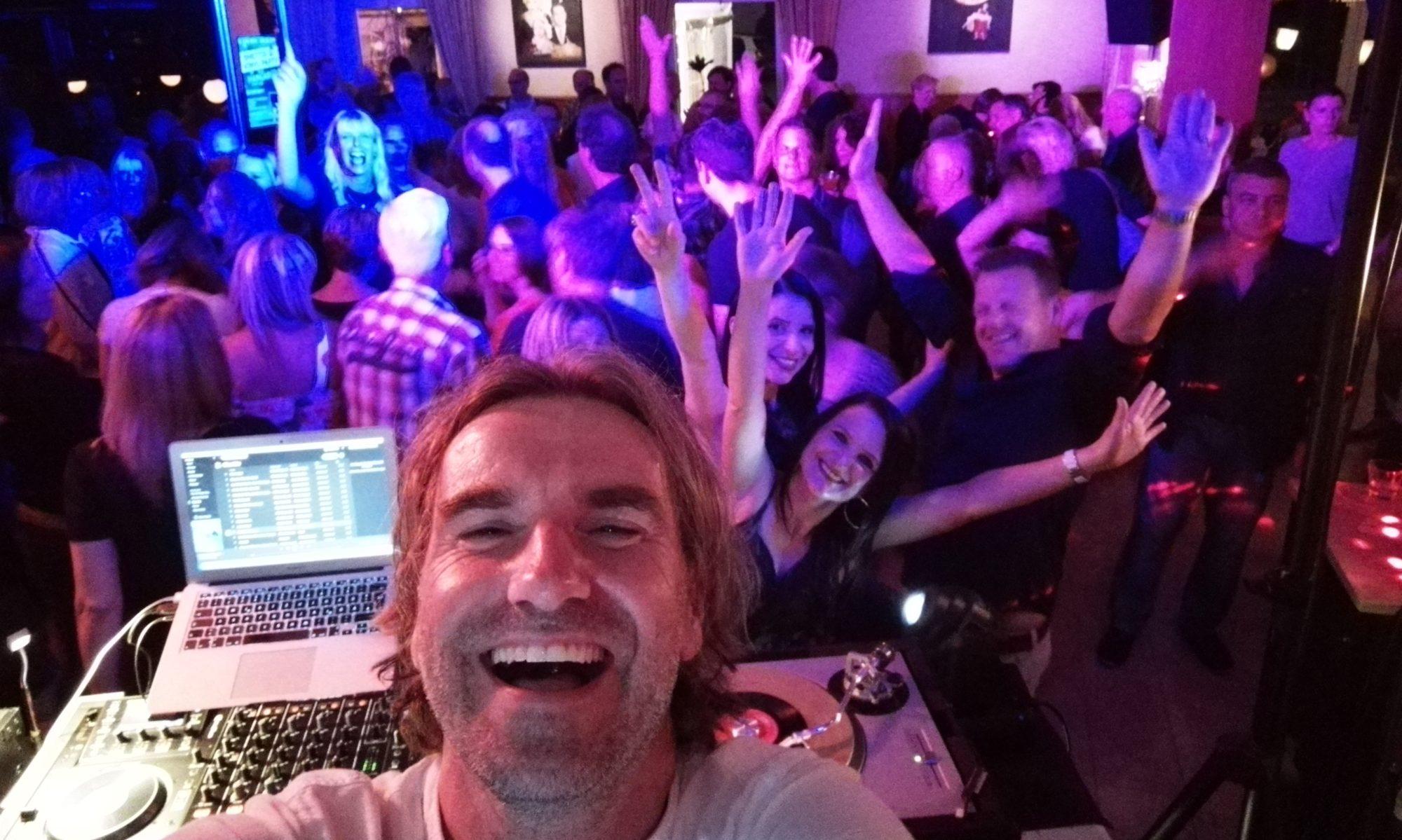 Smettis Vinyl Party - Deine ❤ - Songs von früher & heute
