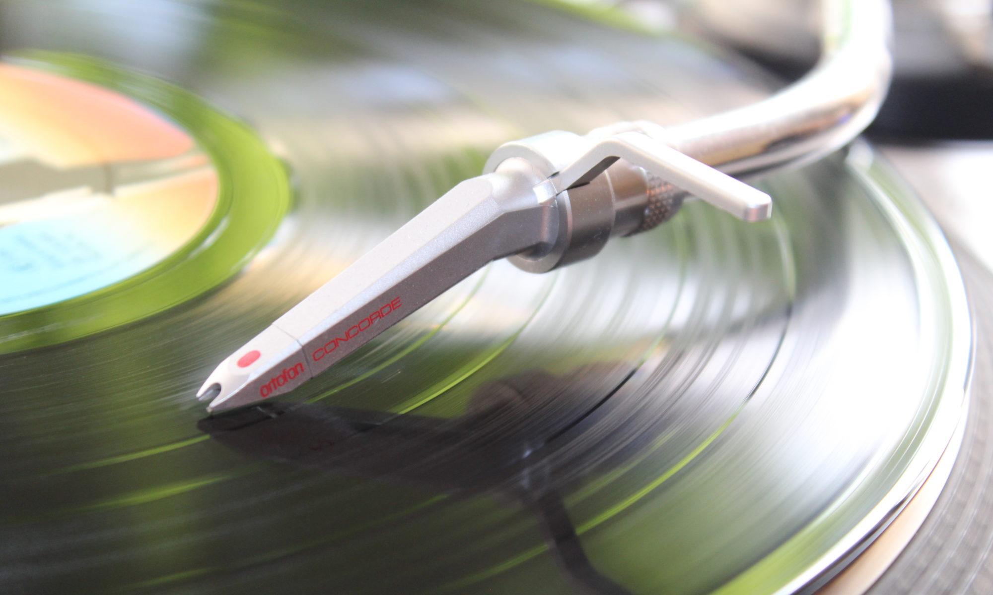 Smettis Vinyl Party